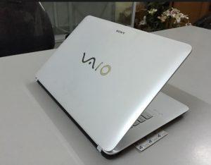 Thay bản lề laptop Vaio