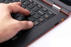 Hướng dẫn khắc phục tình trạng bàn phím laptop hỏng nút