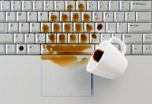 Bàn phím laptop hỏng: Dấu hiệu nhân biết và nguyên nhân